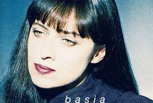 BASIA  :)))))) /  Barbara Trzetrzelewska – polska piosenkarka, która na przełomie lat 80. i 90. odniosła światowy sukces nagrywając muzykę będącą mieszanką współczesnego jazzu i popu, o charakterystycznym południowoamerykańskim brzmieniu.