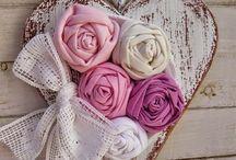 Υφάσματινα λουλουδια
