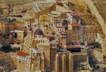Mar Saba Monastery overlooking the Kidron Valley, Jerusalem, Israel #HeathrowGatwickCars