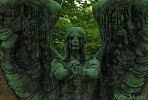Statuary, Sculptures & Gravestones / by Sandy Bobet