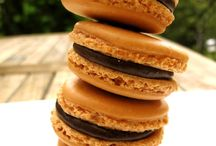 Nothing But Macarons / by kitchenartistry
