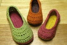 MamaChee - crochet house slippers