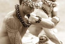 Hawaiʻi & The Hula / Dedicated to the ancient art of Hawaiian Hula dancing, culture, history
