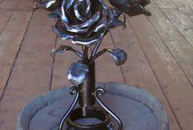 kovácsolt rózsa