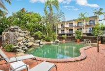 Cheap Accommodation Cairns / Cairns City Sheridan has many inclusions and options to suit your holiday, we not only offer rooms with pool, spa and tropical garden views.