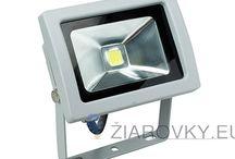LED REFLEKTORY / LED reflektory sú vhodné na osvetlenie otvorených priestorov, parkovísk, billboardov, stavieb, sôch, obchodov, výkladov, strážených priestorov, ale aj interiéru. Najväčšou výhodou LED reflektorov oproti halogénovým je ich efektivita.
