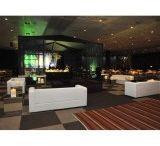 Alugar Palco / Algumas características do palco são: Ideal para diversos eventos; Resistente ao sol, chuva e ventanias; Pode ser montado de acordo com as necessidades e espaço do evento; Suporte técnico.