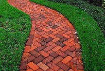 Ideas for Paver on Walkways / Pavers on Walkways Design Ideas http://www.paverhouse.com/ideas-for-paver-walkways/