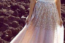 DRESSES TO LOVE / #dresses #longdresses