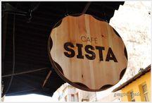 Cafe Sista / Cafe Sista  Kadıköy de Yeldeğirmeni semtinde bulunan şirin bir kafe http://www.gezginnerede.com/2016/04/05/cafe-sista-yeldegirmeni/