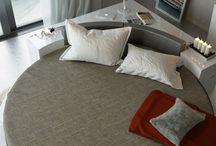 round bed bedroom
