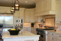 Granite Ideas / Are you looking to gain some inspiration for your kitchen or bathroom. Granite countertops are one of the most popular upgrades you can make. Let us help you get inspired to create the perfect space for you and your family.