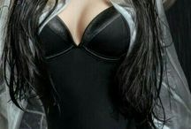BLACKEST NIGTH / BLACK.Feminine looks,lingerie, dresses,laces... and somebody else.