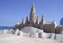 Architektur in Sand / Repliken von bekannten Gebäuden - lokal bis international