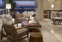 Sala integrada com varanda gourmet / Ambientes integrados
