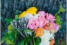 Minnetonka Orchards Wedding / Minneapolis wedding florist Artemisia Studios designs wedding floral for Lacy + Greg's wedding at the Minnetonka Orchards in Minnesota. All photography by Laura Alpizar Photography (http://www.lauraalpizar.com/).