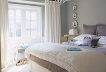 Home: Bedroom inspiration / by Mercedes Quinones