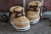 Babyskor, sneakers, converse, boots virkade/crochet