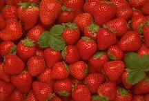 FRUIT & VEGGIES MAKE BEAUTIFUL ART.
