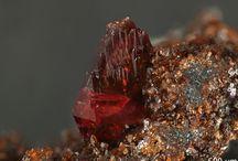 Leucophosphite (Groupe) / Phosphates : Leucophosphite, Tinsleyite, Spheniscidite