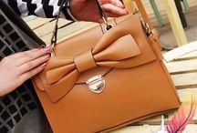 Bags & Handbags / by Meng Jin