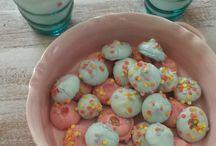 Cup´n´Cake Factory / Hier seht Ihr die süßen Seiten des Lebens ! Von Bonbons über Kekse bis hin zu leckeren Torten. Schlemmt Euch mit mir durch leckere Rezepte :-)