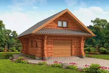 Garaże z drewna / Projekty garaży z drewna to dokumentacja przygotowana do budowy w technologii szkieletu drewnianego oraz bali drewnianych. Lekka konstrukcja drewniana oprócz takich zalet jak szybkość oraz łatwość budowy niesie z sobą także inne korzyści. Garaże drewniane mają świetną naturalną wentylację i umożliwiają dowolną rozbudowę. http://www.pro-arte.pl/kolekcje-projektow/18/projekty-garaze-z-drewna.html