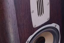 Quadral / Kolumny Głośnikowe, subwoofer, audio, high-end, wzmacniacze, odtwarzacze CD