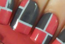 nails / by Kaara Hulstrand