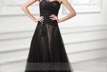 Traumhaftes Brautkleid / Sie suchen traumhafte Brautkleider Online zu super günstigen Preisen?