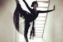 Dancing / Tanec je balancovanie medzi dokonalosťou a krásou