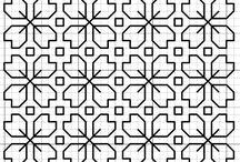 Blackwork / Blackwork is a version of a calculating embroidery which is usually carried out by a black thread on a white or cream basis. Блэкворк – это разновидность счётной вышивки, которая обычно выполняется чёрной нитью по белой или кремовой основе.