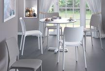 Perpetuum - Mese si scaune Papatya / Am actualizat oferta Perpetuum cu un nou partener si furnizor de produse - Papatya - care completeaza oferta noastra cu mese si scaune moderne, potrivite pentru interior si exterior, pentru decoruri minimaliste, creative, de inalta calitate si foarte actuale.