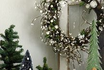 Noel / holiday inspiration for my favorite time of year. / by Heather Gossett Armstrong