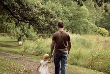 Daddy Daughter Photo Shoot Ideas / Daddy and daughter poses, photos and photoshoot ideas.