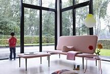 Gelderland Collectie - Anders Style / Gelderland is opgericht in 1935 en kent een rijke historie. De oprichter was gecharmeerd van Scandinavisch design en zodoende werd al in een heel vroeg stadium van de geschiedenis gekozen voor moderne vormgeving en hoekige vormen. duurzaamheid en zitcomfort.   Alle meubelen worden door ervaren vakmensen met een grote liefde voor het meubelvak ambachtelijk vervaardigd in Nederland.