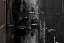 город под дождем