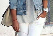 Białe dżinsy
