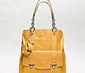 Handbags / by Christina Rendon