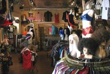 Shop  / Redondo Beach is home to a plethora of shopping options. View below as we take you on a virtual tour of all that we offer.
