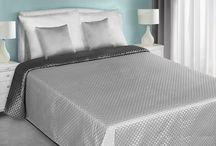 Satynowe narzuty na łóżko