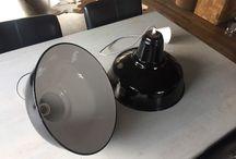 Antieke vintage schoollampen