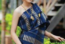 Fashion - Sinh ສິ້ນ, Laotian traditional dress