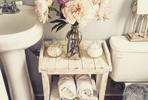Shabby chic bathrooms