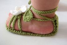 crochet footwear / crochet footies!