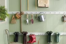 Garage/Barn / by Angie Allred