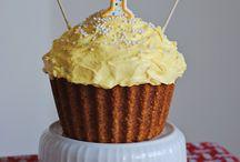 Cakes / by Sherri Romney