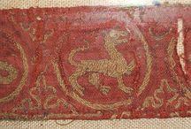 Stickereien, Verzierung 13. Jahrhundert