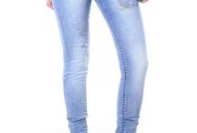 Womens Jeans /  Дамските дънки са една от най-предпочитаните женски дрехи. Факт е, че дънките се носят от хора на различна възраст, с разнообразни вкусове и предпочитания. Другото предимство е, че дънките могат да бъдат носени през всеки един от годишните сезони, като се включат в най-различни тоалети. В зависимост от модела, дамските дънки са подходящи както за по-спортна, така и за спортно-елегантна визия. Най-важното е да са съчетани с останалите елементи в облеклото с вкус и стил. / by Damski Drehi