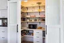 Home_Dish closet